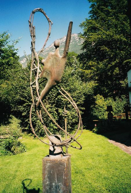 """Befreiung"", 1988 - 2000, 258 x 60 x 30 cm, Bronce, 100 kg"