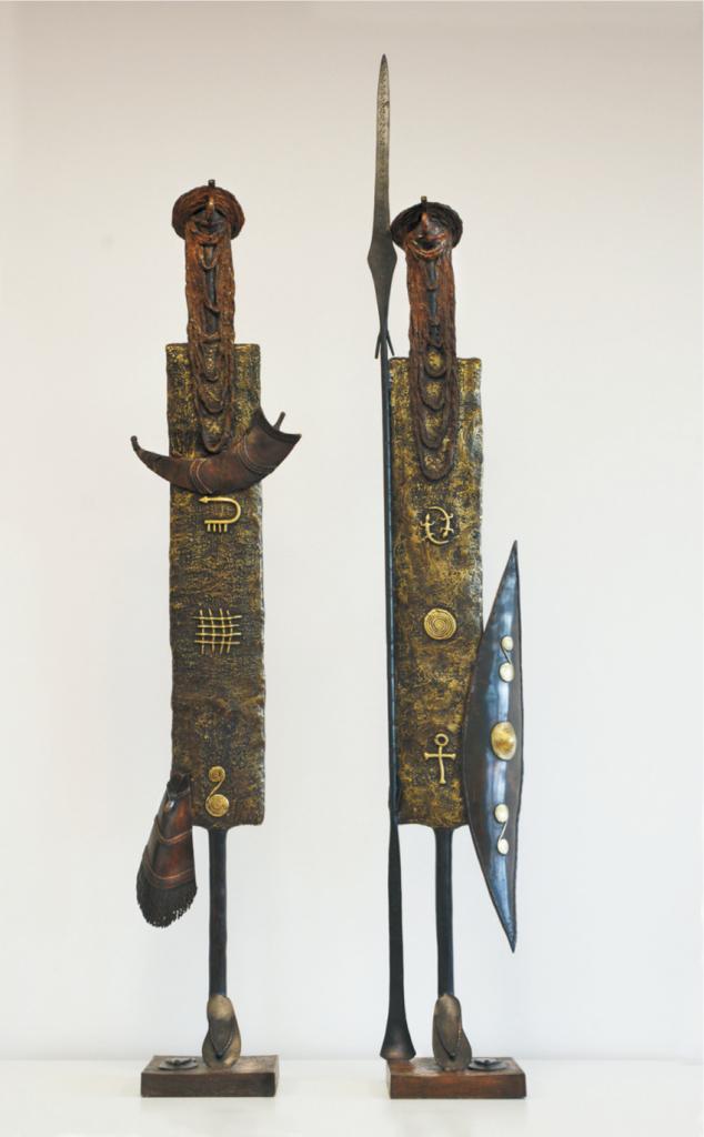 """""""Maure – Krieger 1"""", 2014, 161 x 22 x 19 cm, Bronce und Eisen, 12,8 kg """"Maure – Krieger 2"""", 2014, 138 x 28 x19 cm, Bronce und Eisen, 12,2 kg"""
